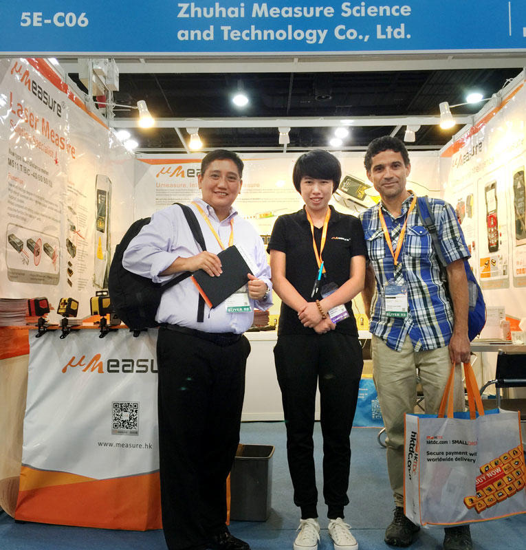 We show laser level in HongKong Electronis Fair (2017 HKTDC)